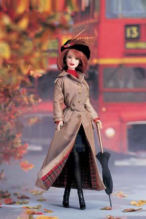 Кукла Барби осень в Лондоне