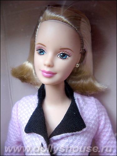 Коллекционная кукла Барби Avon Representative Barbie