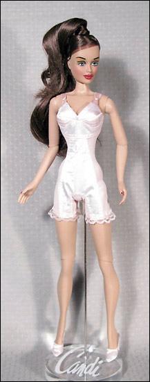 коллекционная кукла Candi 40 см