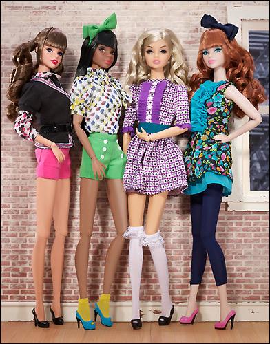 шарнирные куклы Dynamite Girls Vintage Vinyl