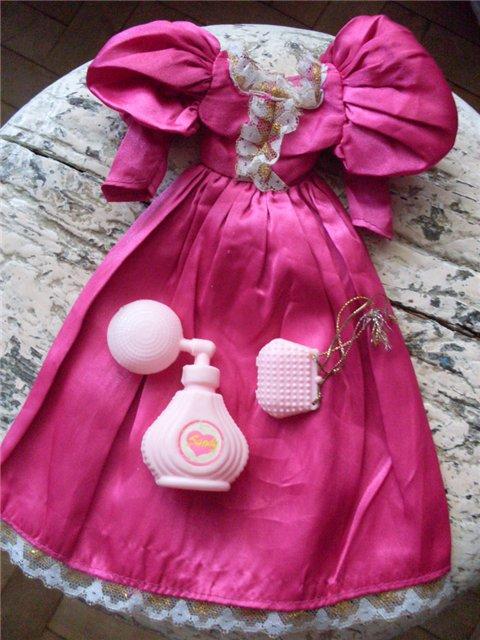 Платье и аксессуары куклы Sandy. Фото Ognevka