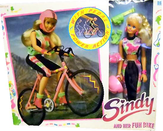 Кукла Синди велосипедистка Sindy