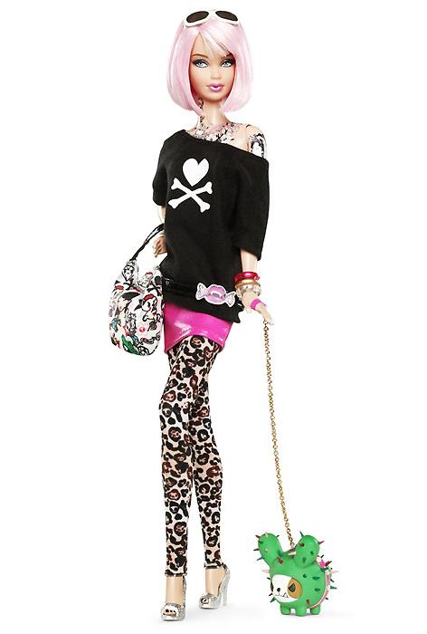 Фото коллекционной куклы Барби Tokidoki Barbie