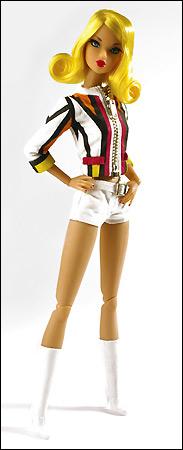 шарнирная кукла Dynamite Girl Jett