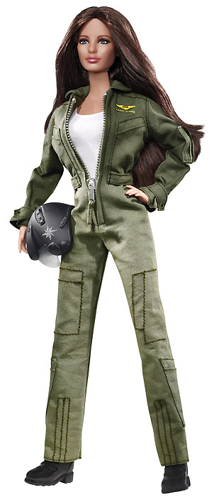 Барби — Кэрол Феррис из «Зеленого Фонаря». Блейк Лайвли, но не блондинка
