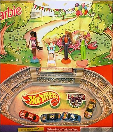дисплей макдональдс игрушки Хэппи Мил - Барби и Hot Wheels