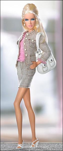 коллекционная кукла Дарья Daria Shopping Queen
