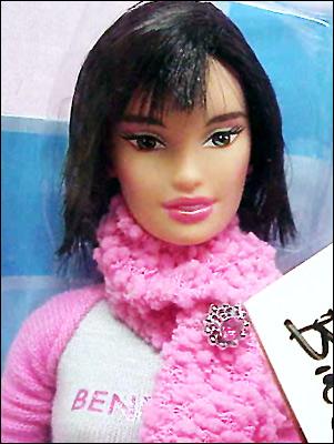 Кукла Barbie Loves Benetton Paris
