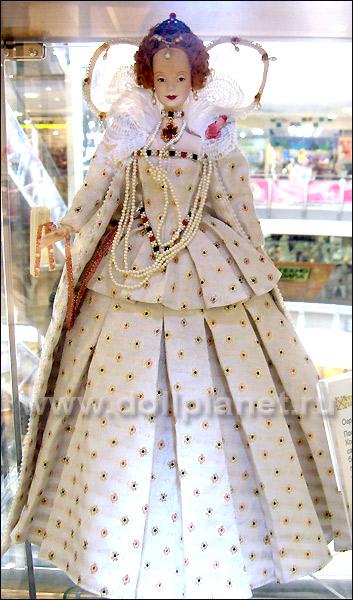 коллекционная кукла Барби Елизавета на выставке в Атмосфере