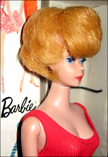 Фото Кукла Барби Bubblecut Barbie блондинка