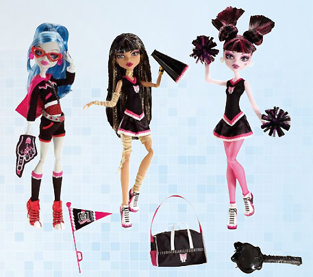 Monster High Ghoul Spirit Action Figure Doll 3-Pack Draculaura, Cleo de Nile & Ghoulia Yelps.