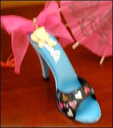 сувенир hallmark для конвенции Барби 2011