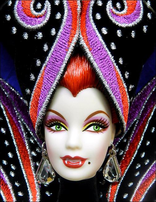 Фото коллекционной куклы Барби Countess Dracula Графиня Дракула