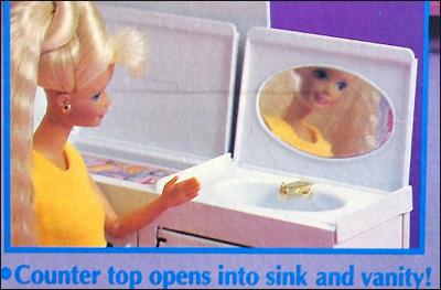 фото дом Барби на колесах 90-е