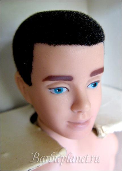 как выглядел первый Кен