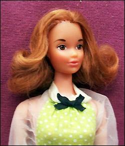 Подруга Барби Quick Curl Kelley