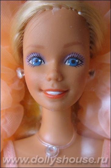 Фото куклы Барби Peaches n Cream Barbie
