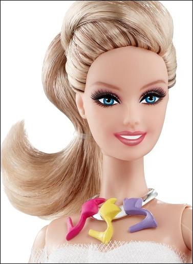 Коллекционная кукла Барби с обувью Shoe Obsession Barbie
