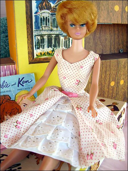Винтажная кукла Барби в аутфите Garden Party