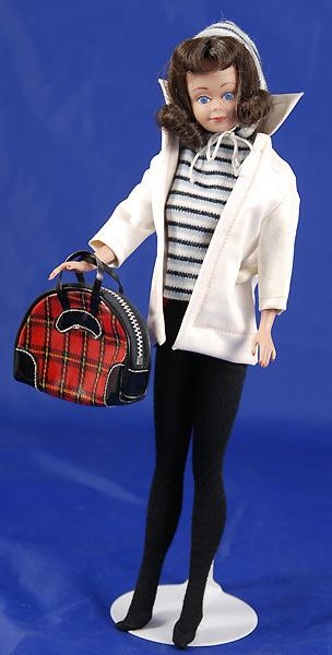 Винтажный зимний костюм Барби Winter Holiday демонстрирует Мидж