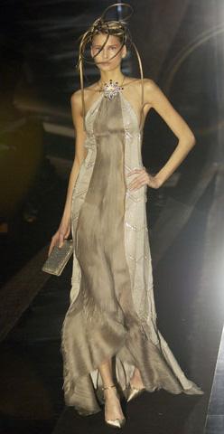 Вечерние платья Армани и кукла Барби