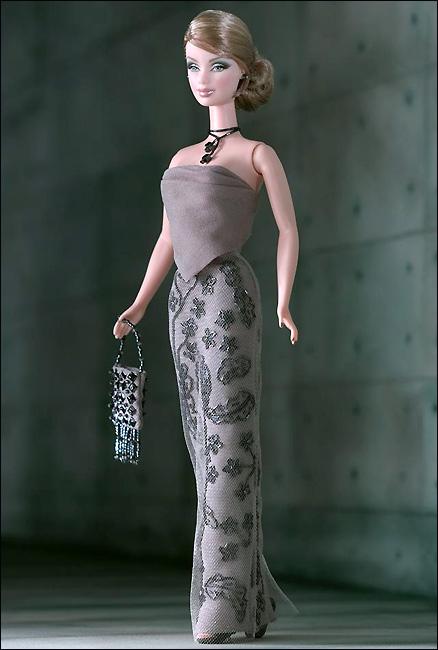 Коллекционная кукла Барби от Армани