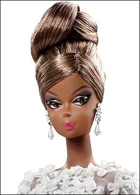 Фото коллекционной куклы Evening Gown Silkstone Barbie 2012