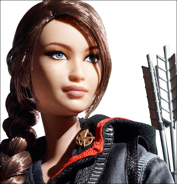 Фотографии куклы барби в роли китнисс