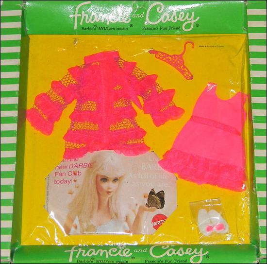одежда для куклы шестидесятых