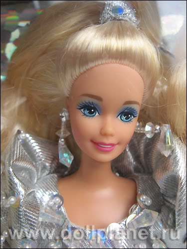 Кукла Барби лицо