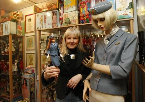 Куклы Барби в Книге рекордов Гиннесса 2013 - коллекция Беттины Дорфманн