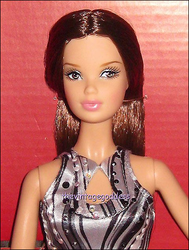 Коллекционная Барби Видал Сассун кукла Намиэ Амуро
