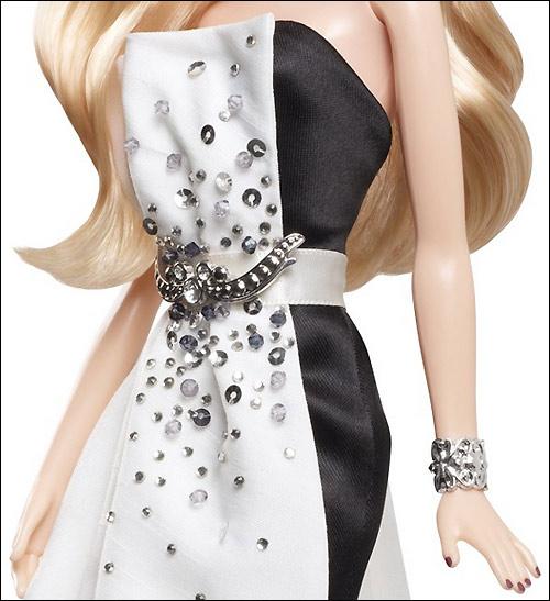 Украшения коллекционной куклы Барби 2013 новинки