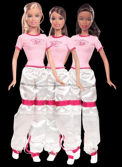 Куклы Барби в космическом лагере