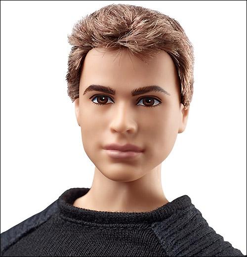 Фото коллекционной куклы Дивергент по мотивам фильма герой Кен
