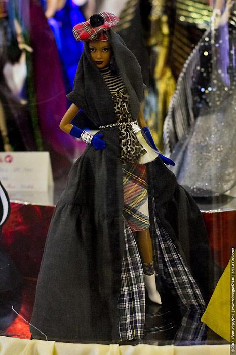 Коллекционная кукла Барби Байрон Ларс Fenella Layla
