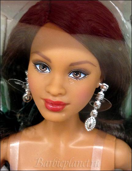 Кукла Барби Холидей 2015